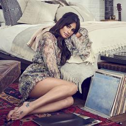 Songstress Lea...